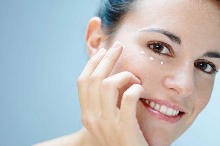 Las 8 mejores cremas para pieles grasas